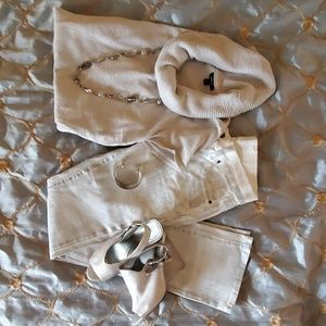 Old Navy silver and white jeans